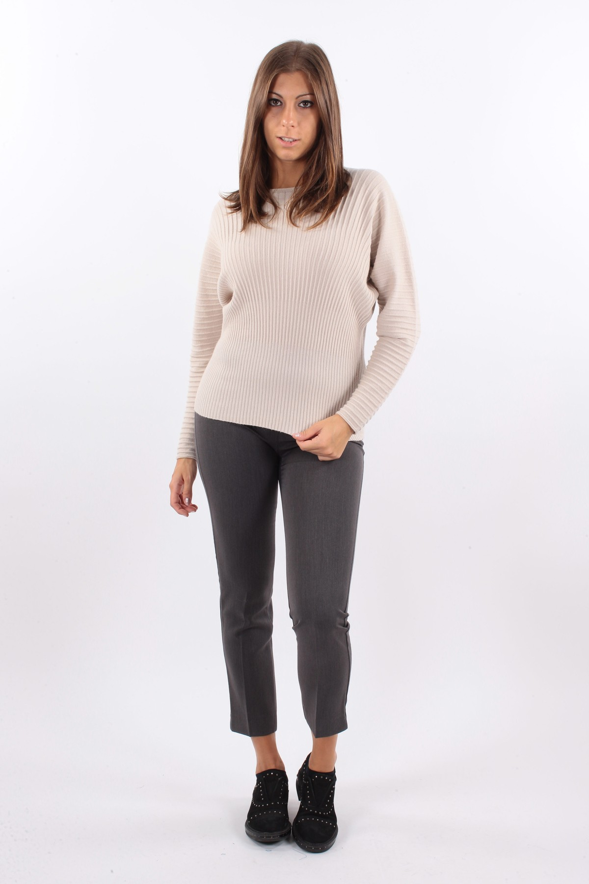 RIBBED VISCOSE SWEATER for women - CREAM - Paquito Pronto Moda Shop Online
